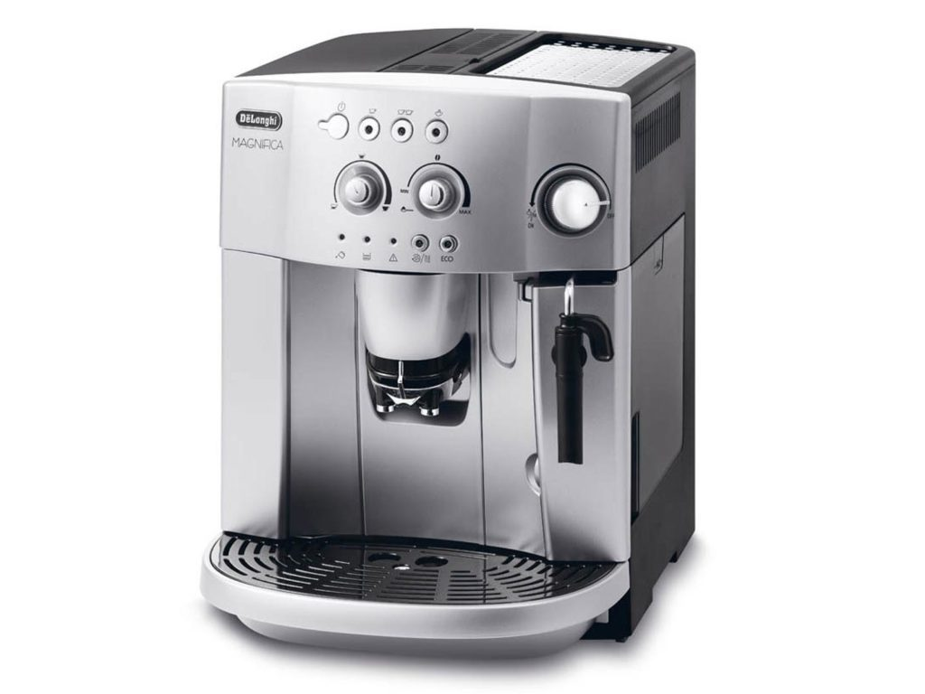 Sleek Design CupDelonghi Magnifica ESAM4200 Coffee Maker Review